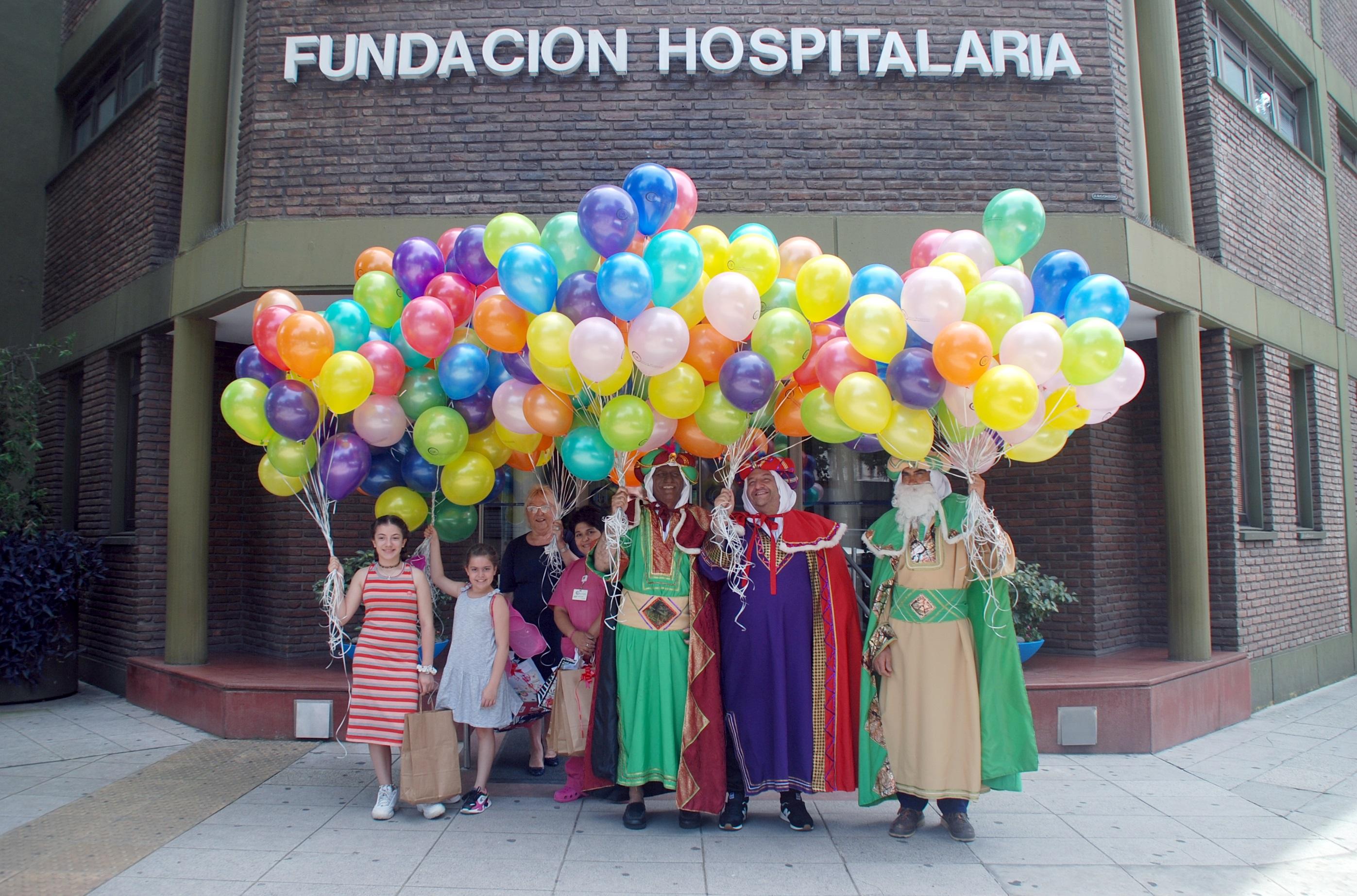 Emotiva visita de los Reyes Magos a la Fundación